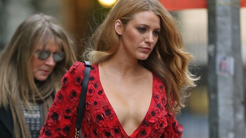 Blake Lively yıllar sonra kıyafeti hakkında yalan söylediğini itiraf etti