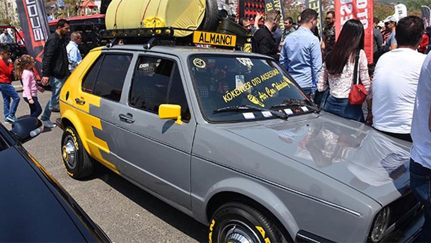 Modifiyeli araç fuarında ilginç olay! Polis ceza yağdırdı