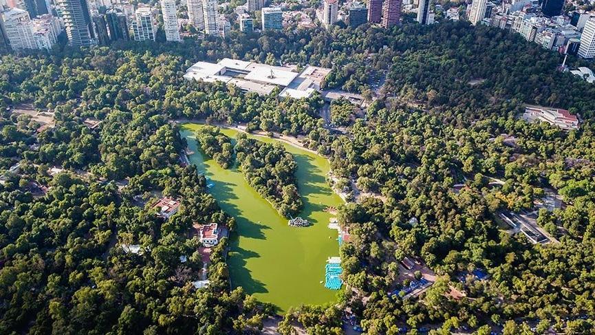 Dünyanın en büyük ve en eski parkı Chapultepec