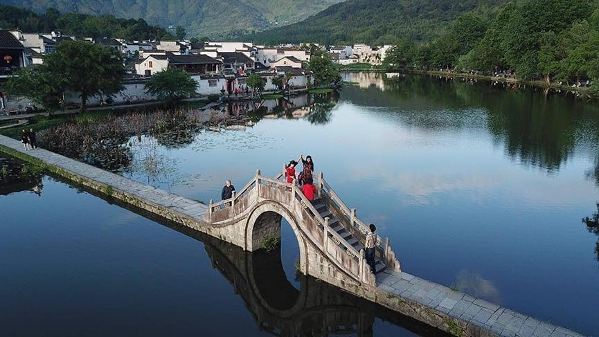 Çin'in masalsı köyü Hongcun