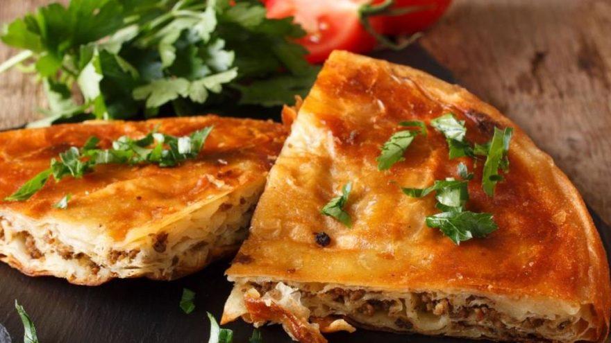 Kıymalı güllaç böreği tarifi: Kıymalı güllaç böreği nasıl yapılır?