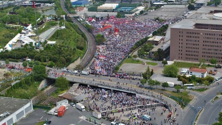 Bakırköy'de 1 Mayıs coşkusu