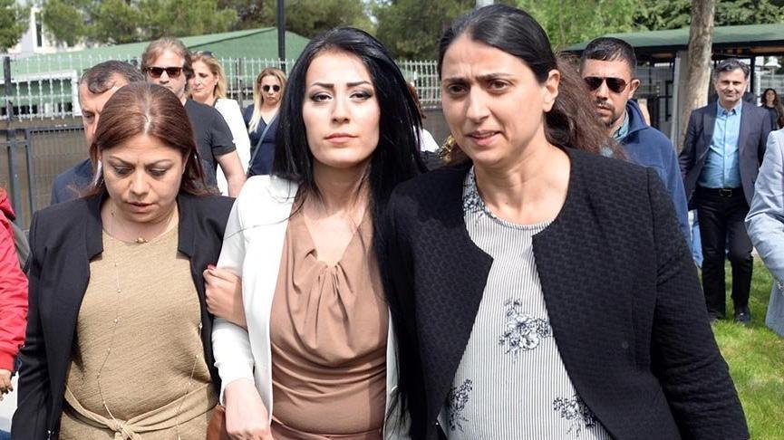 CHP'li Sarıbal'dan Ayşe Öğretmene cezaevinde ziyaret
