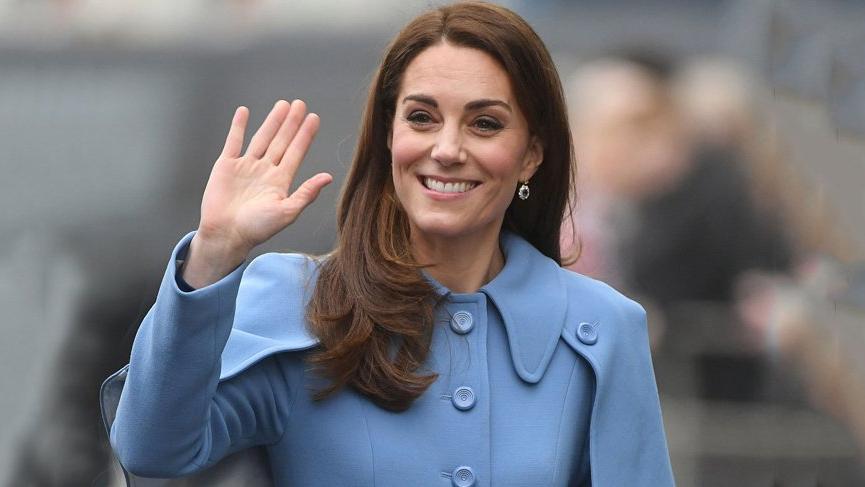 Kate Middleton Dame Grand Cross of the Royal Victorian Order nişanı aldı