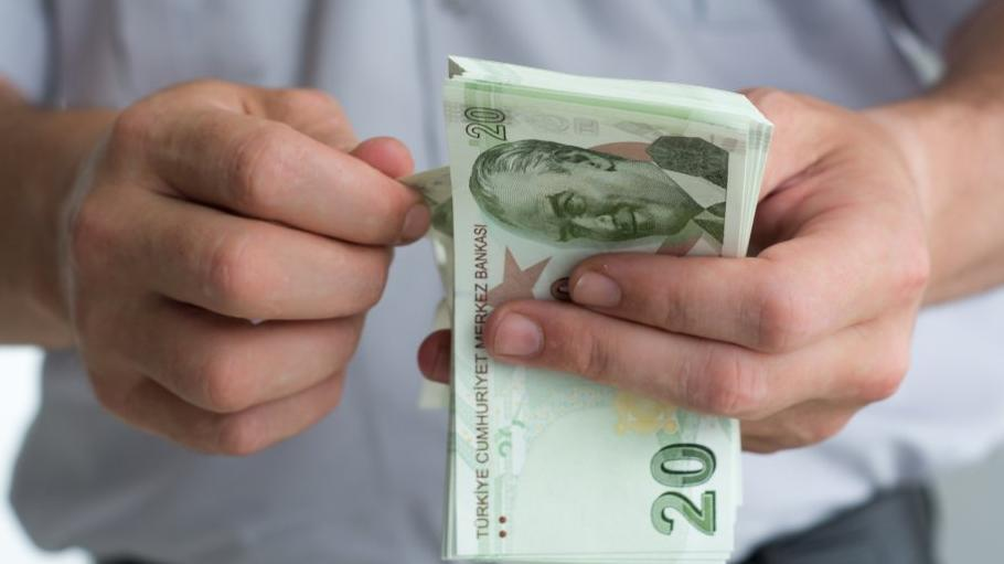 1 Mayıs'ta çalışan ne kadar ücret alır?