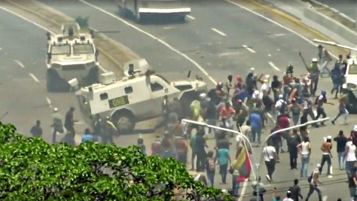 Venezuela'da gergin bekleyiş: 1 Mayıs'ta tansiyon yüksek