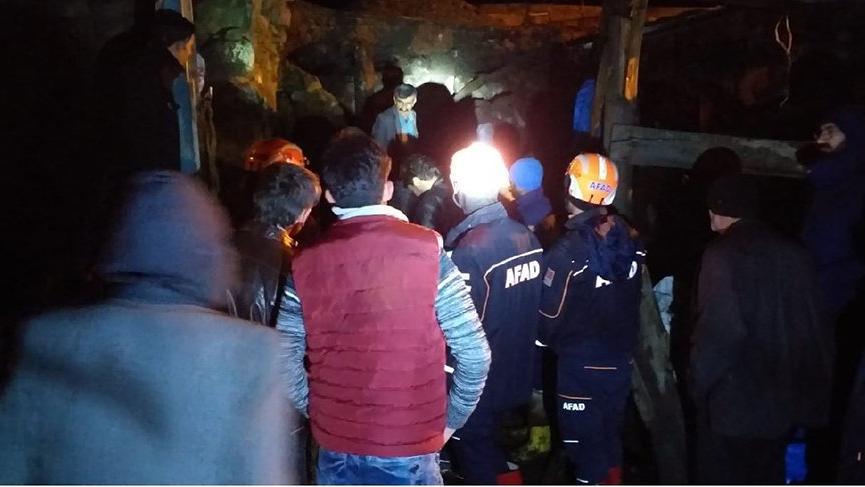 Göçük korkuttu! Mahsur kalan 9 kişi kurtarıldı