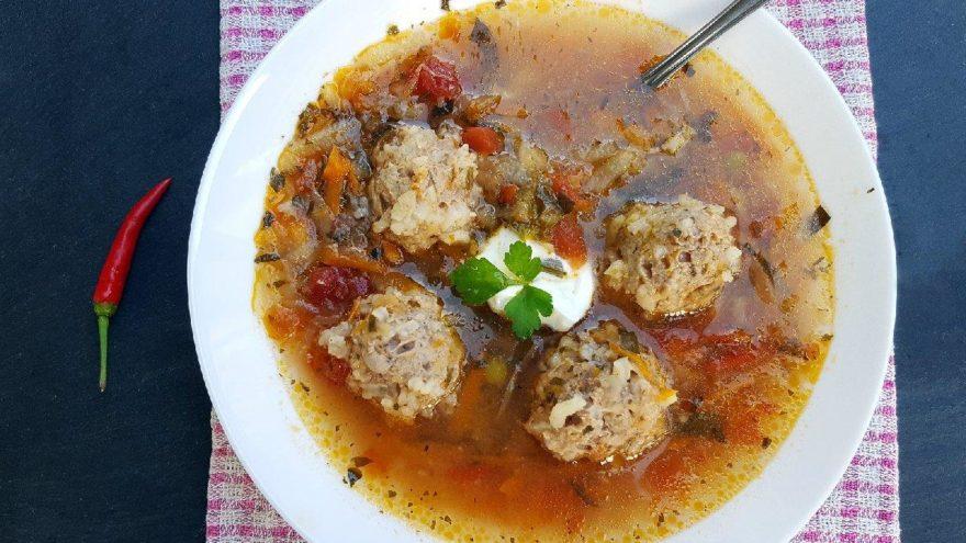 Köfteli çorba tarifi: Köfteli çorba malzemeleri…