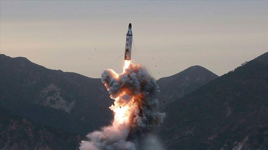 Kuzey Kore rahat durmuyor! Yeni füzeleri ateşlediler