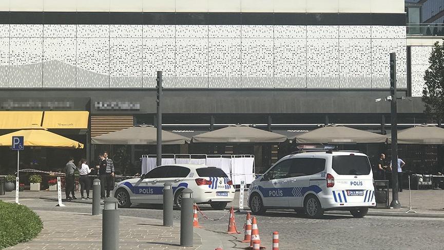 Son dakika... İstanbul'da bir AVM'de silahlı saldırı! Yaralılar var