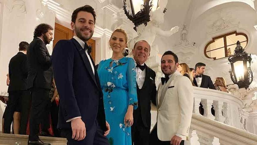 Sabancı Ailesi, yakın dostlarının düğünü için Belvedere Sarayı'nda