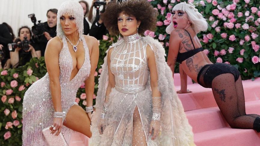 MET Gala 2019 kostümleriyle tarihe adını yazdırdı