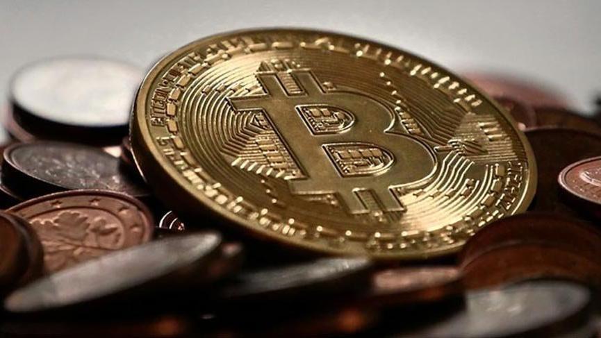 Bitcoin yılın rekor düzeyi 5,963 doları gördü