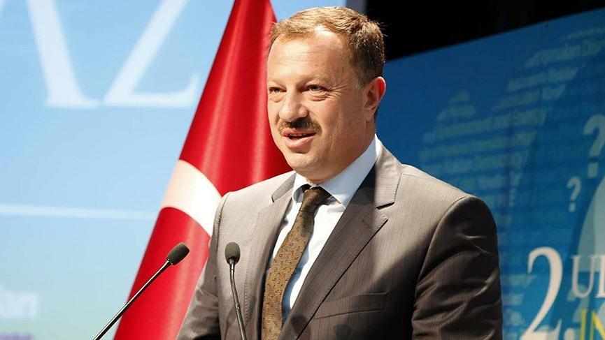 AKP'nin YSK temsilcisi Özel: Sanatınız da adamlığınız da yalan!