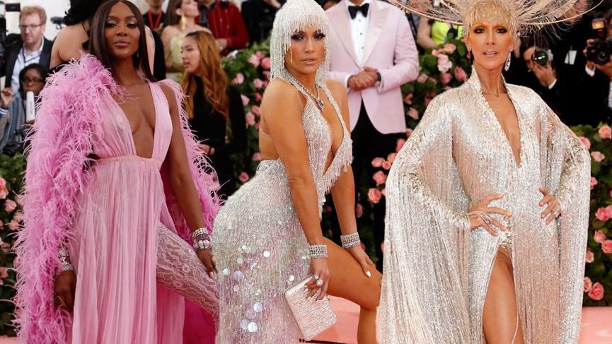 MET Gala'da, 50 yaş ve üstü ünlü kadınlar, gençleri güzellikleriyle ezdi!