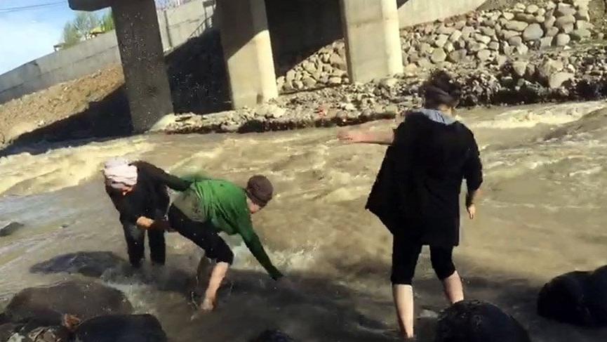Acı haber... Liseli 2 genç kız derede boğuldu
