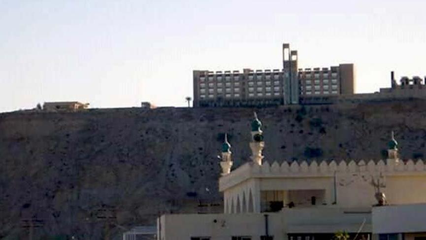 Pakistan'da otele saldırı