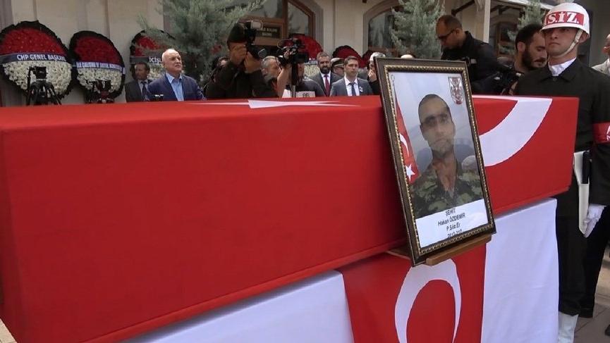 Şehit Piyade Sözleşmeli Er Hakan Özdemir son yolculuğuna uğurlandı...