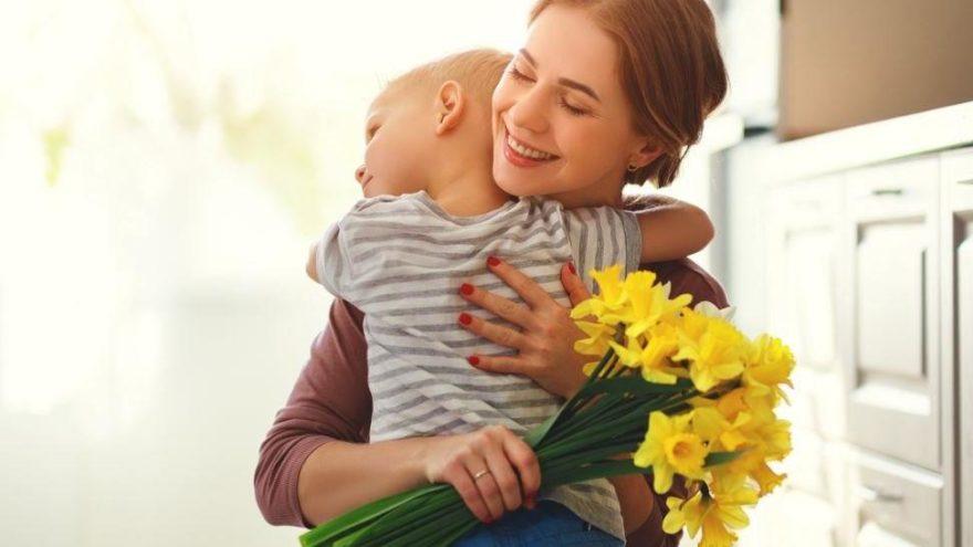 Anneler Günü kutlu olsun! 12 Mayıs Anneler Günü mesajları, sözleri ...