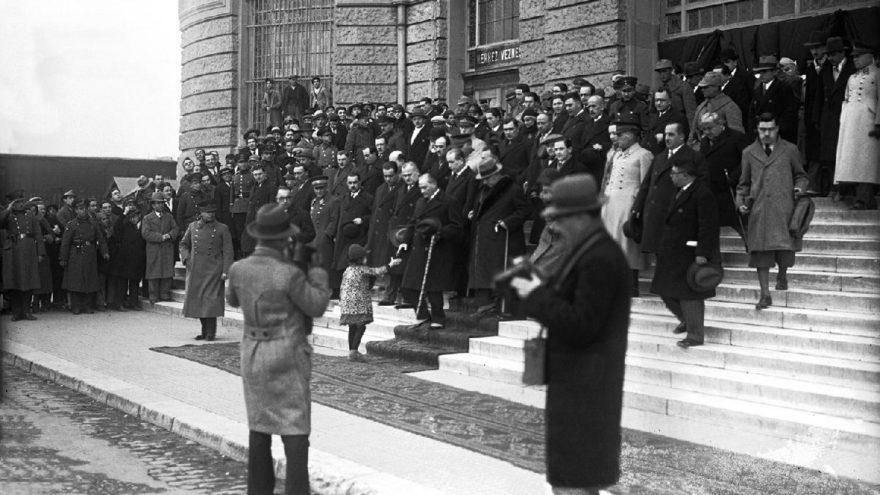 """Atatürk'ün İstanbul günleri """"Hoş Geldin Gazi"""" sergisinde"""