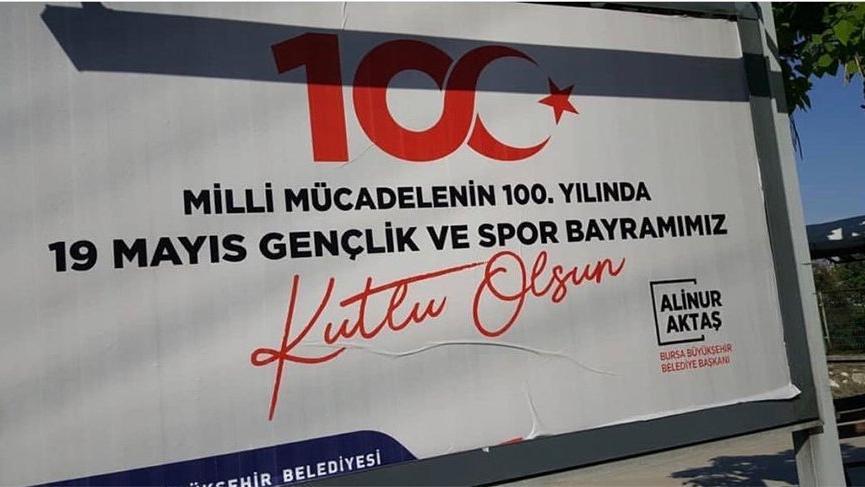 Bursa Büyükşehir Belediyesi'nden skandal 19 Mayıs afişi!