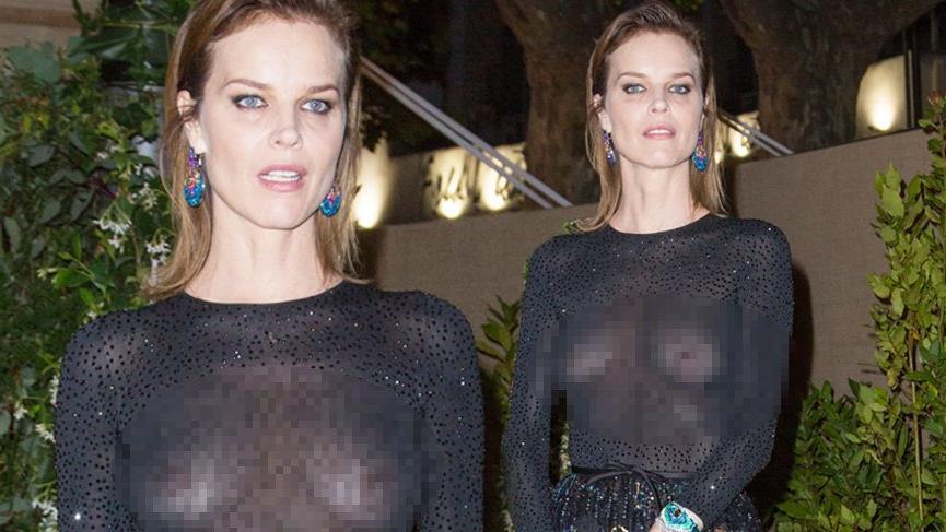 Eva Herzigova transparan elbisesi ile 72. Cannes Film Festivali'nde