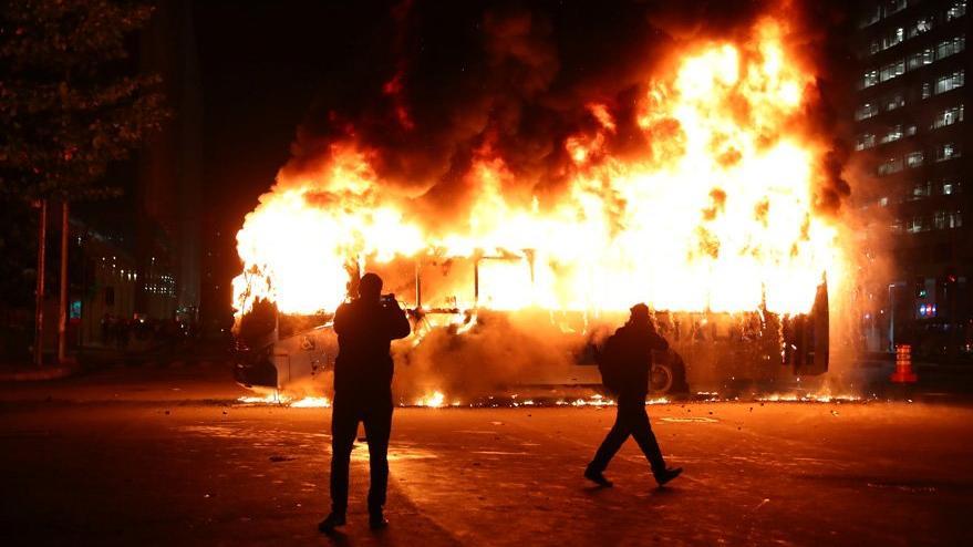 Brezilya'da öğrenciler sokakta, Cumhurbaşkanı'ndan olay laf: Hepsi embesil