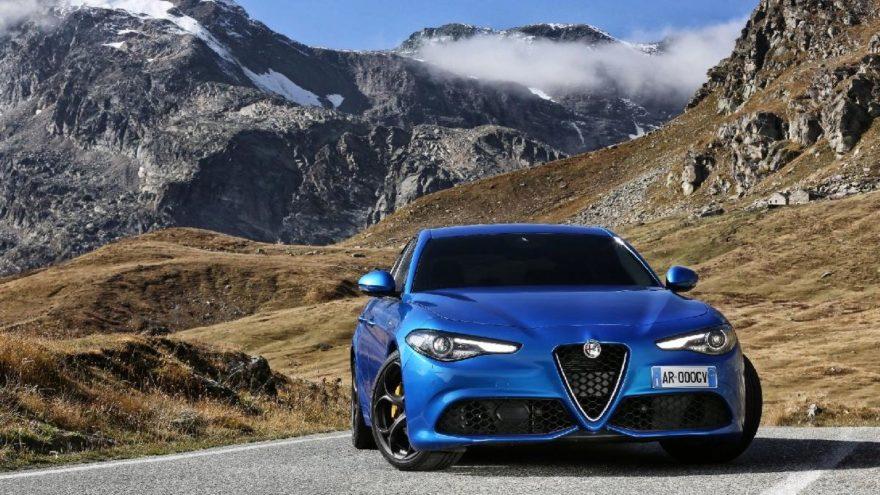 Alfa Romeo Gulia en iyi yol tutan otomobil oldu!