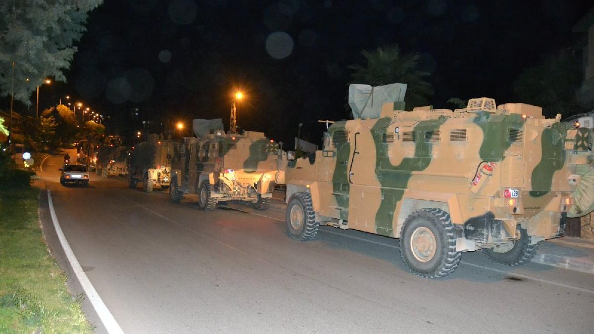 Reyhanlı'ya askeri sevkiyat