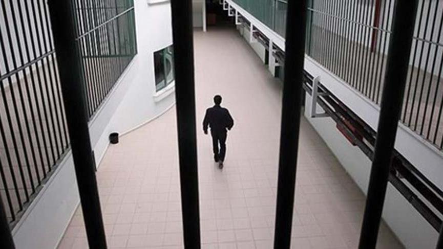 AYM'den tutuklu ve hükümlüler için 'ihlal' kararı