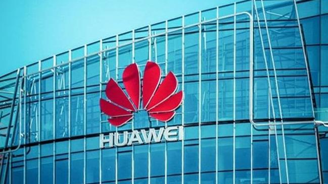 Microsoft Huawei siparişlerini askıya aldı