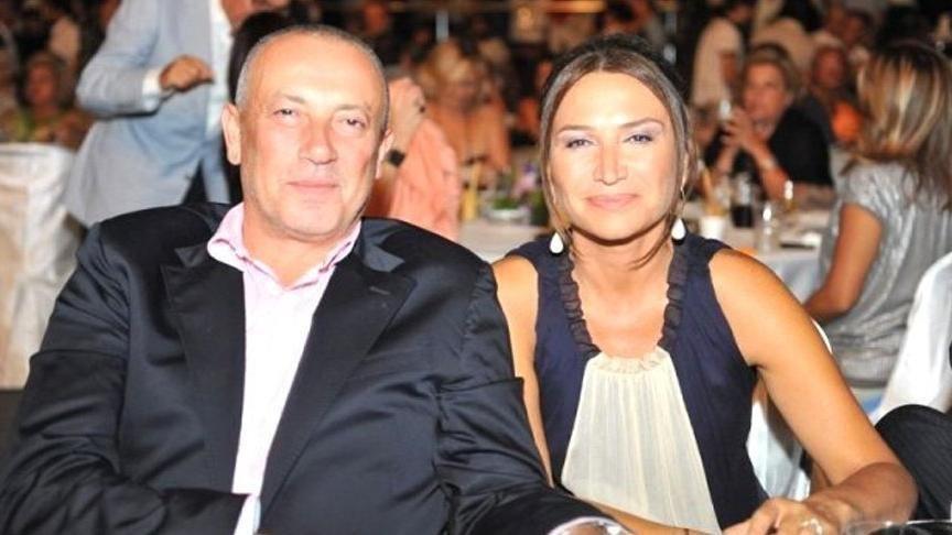 Demet Akbağ oğlu ile Galatasaray'ın şampiyonluk kutlamasına katıldı