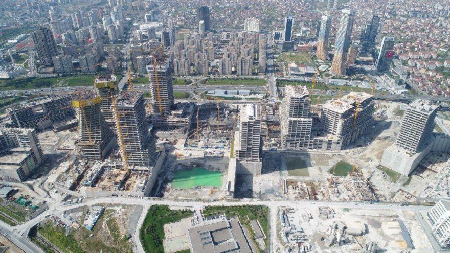 İstanbul Finans Merkezi 2022'ye kaldı