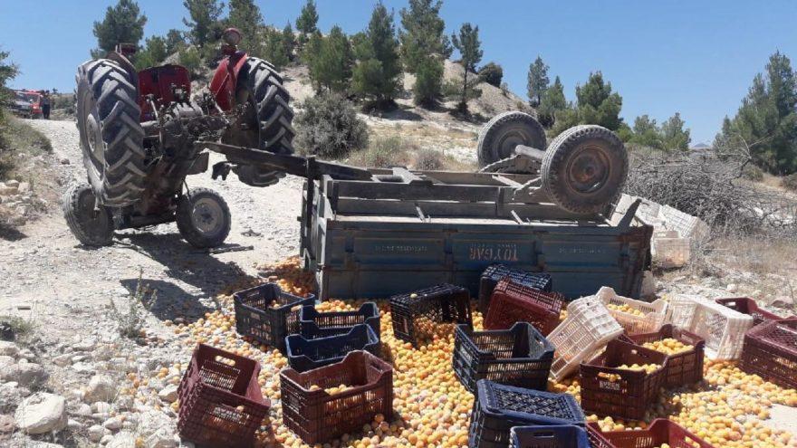 Mersin'de traktör devrildi: 1 ölü 8 yaralı