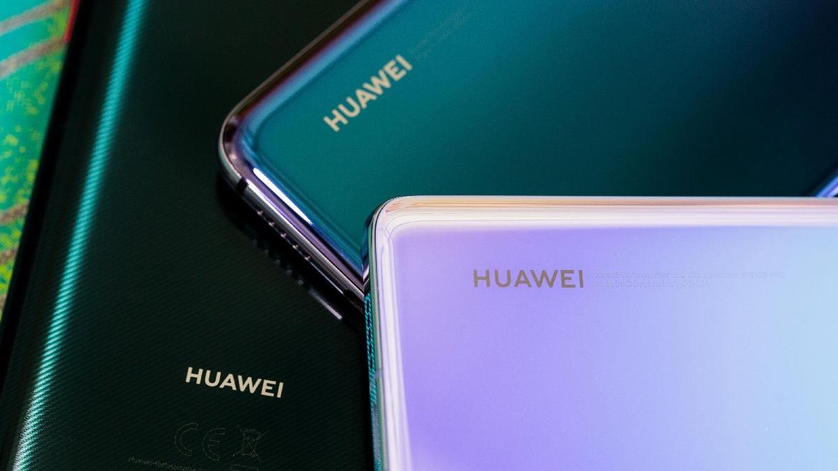 Google'dan büyük hamle! Huawei telefonlar listeden kaldırıldı...