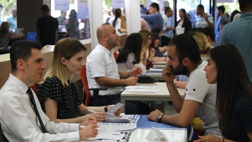 Bursa'da 10 bin işçi alımında başvuru yoğunluğu