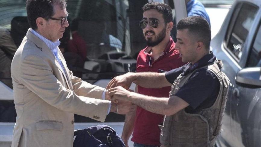 Cezaevine giren gazeteci Kadri Gürsel'in eşinden SÖZCÜ'ye özel açıklamalar