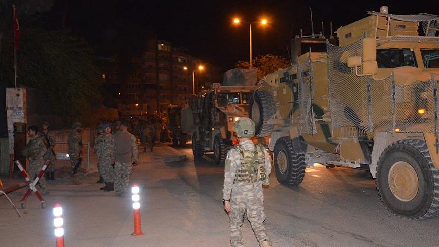 Suriye sınırına komando takviyesi!