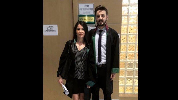 Türkiye'nin konuştuğu avukat aynı etekle adliyeye geldi