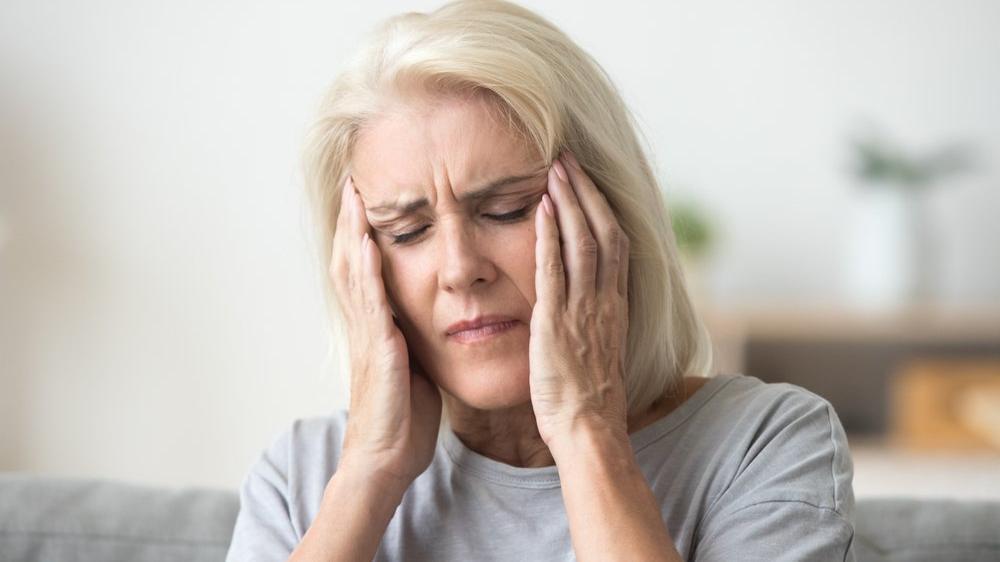 'Baş ağrısı çekenlerin yüzde 56'sında depresyon saptandı'