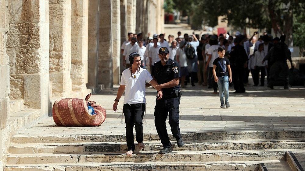 İsrail güçlerinden 58 Filistinliye gözaltı