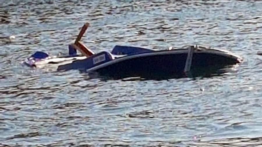 Sürat teknesi gazetecileri taşıyan tekneyi böyle biçti!