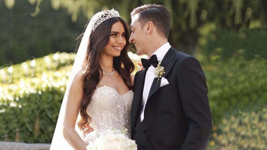 Amine Gülşe kimdir? Kaç yaşında? Mesut Özil ile düğünü gündeme damga vurdu