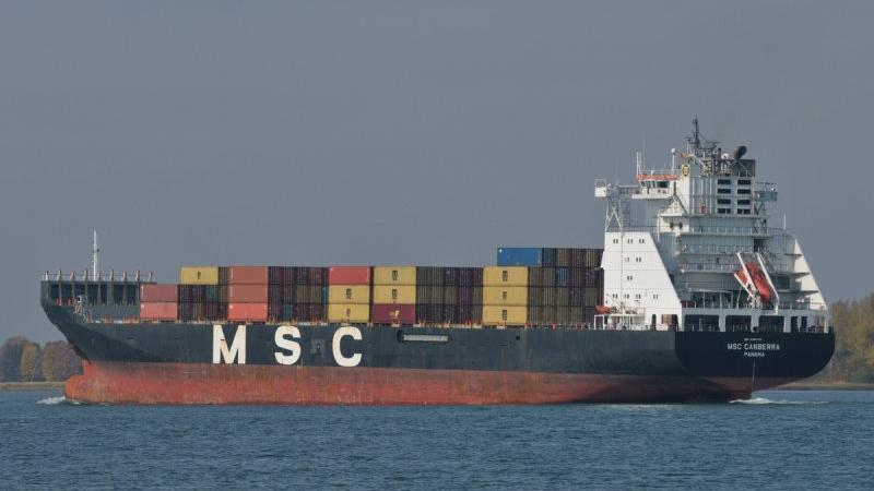 Son dakika... Türkiye'den çıkan gemi İsrail açıklarında alev alıyor