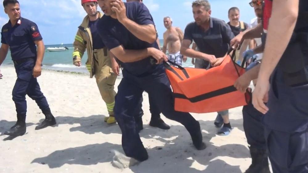 Silivri'de boğulma tehlikesi geçiren çocuk hastanede hayatını kaybetti