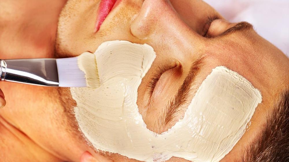 Erkek için yüz maskesi tavsiyeleri ve erkek yüz temizleme maskesi tarifleri...