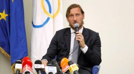 Totti Roma'ya veda etti! 'Beni sırtımdan bıçaklamaya çalışanlar oldu'