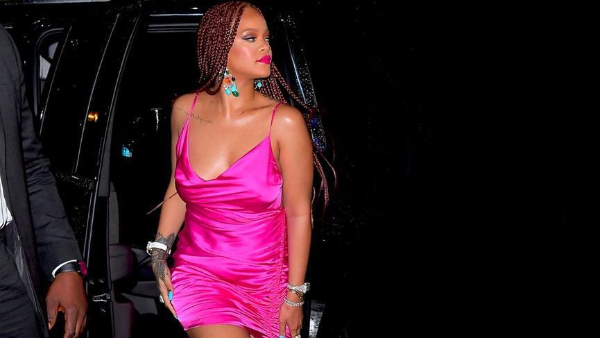Rihanna yeni Fenty mağaza açılışına 3 saat gecikti