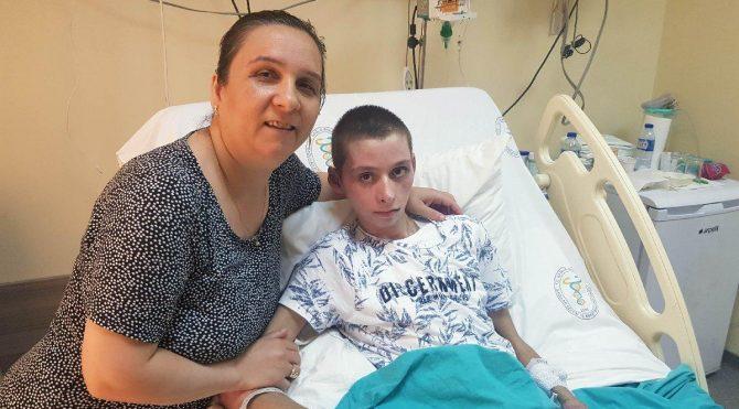 Öldü diye getirildi, yapay akciğer sayesinde hayata döndü