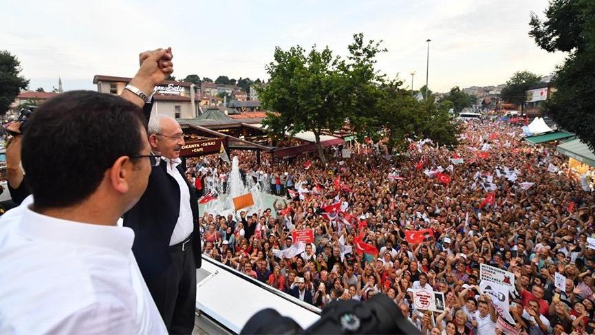 Diyorlar ki, 'Kılıçdaroğlu nerede? Kılıçdaroğlu sokak sokak gezerek İmamoğlu'nu anlatıyor!
